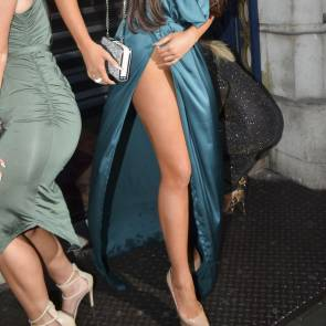 Charlotte-Dawson-Upskirt-uncensured