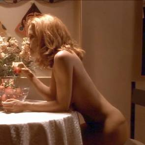 Kelly Preston Nude Sex Scene In Jerry Maguire Movie