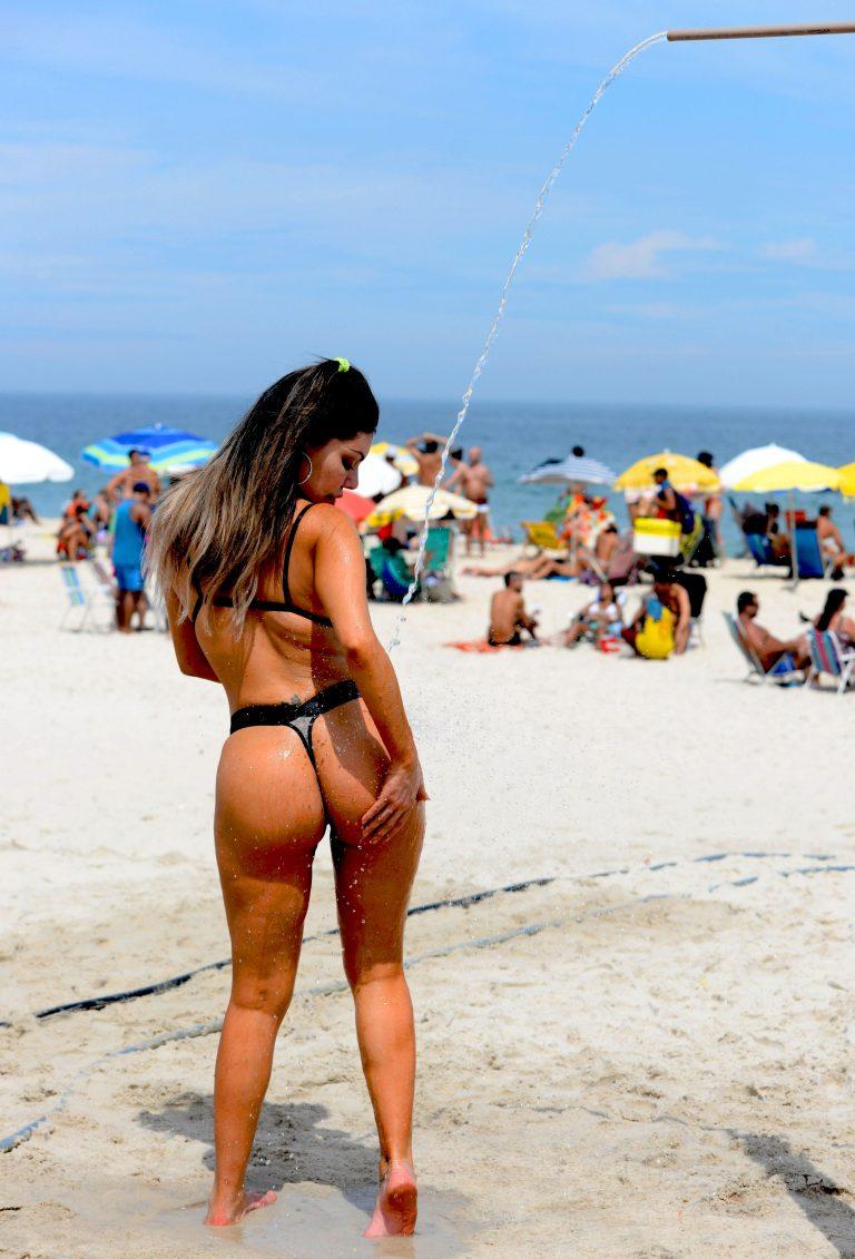 Liziane Gutierrez  nackt