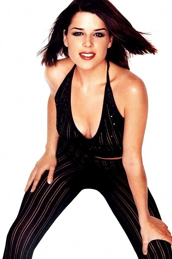 Neve Campbell Nude & Lesbian Scenes Compilation