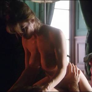 Shannon Whirry Nude Boobs And Sex Scene In Ringer Movie