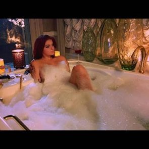 Ariel Winter naked in bathtub