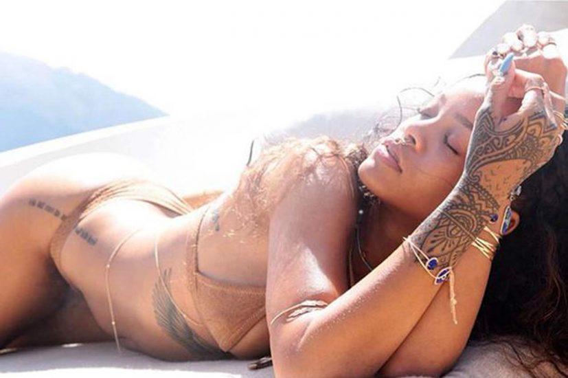 Rihanna Naked Leaks and PORN Sex Tape [2021 NEWS] 2