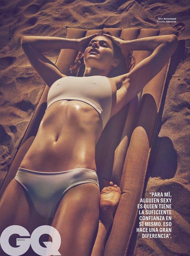 daddario pictures Alexandra bikini