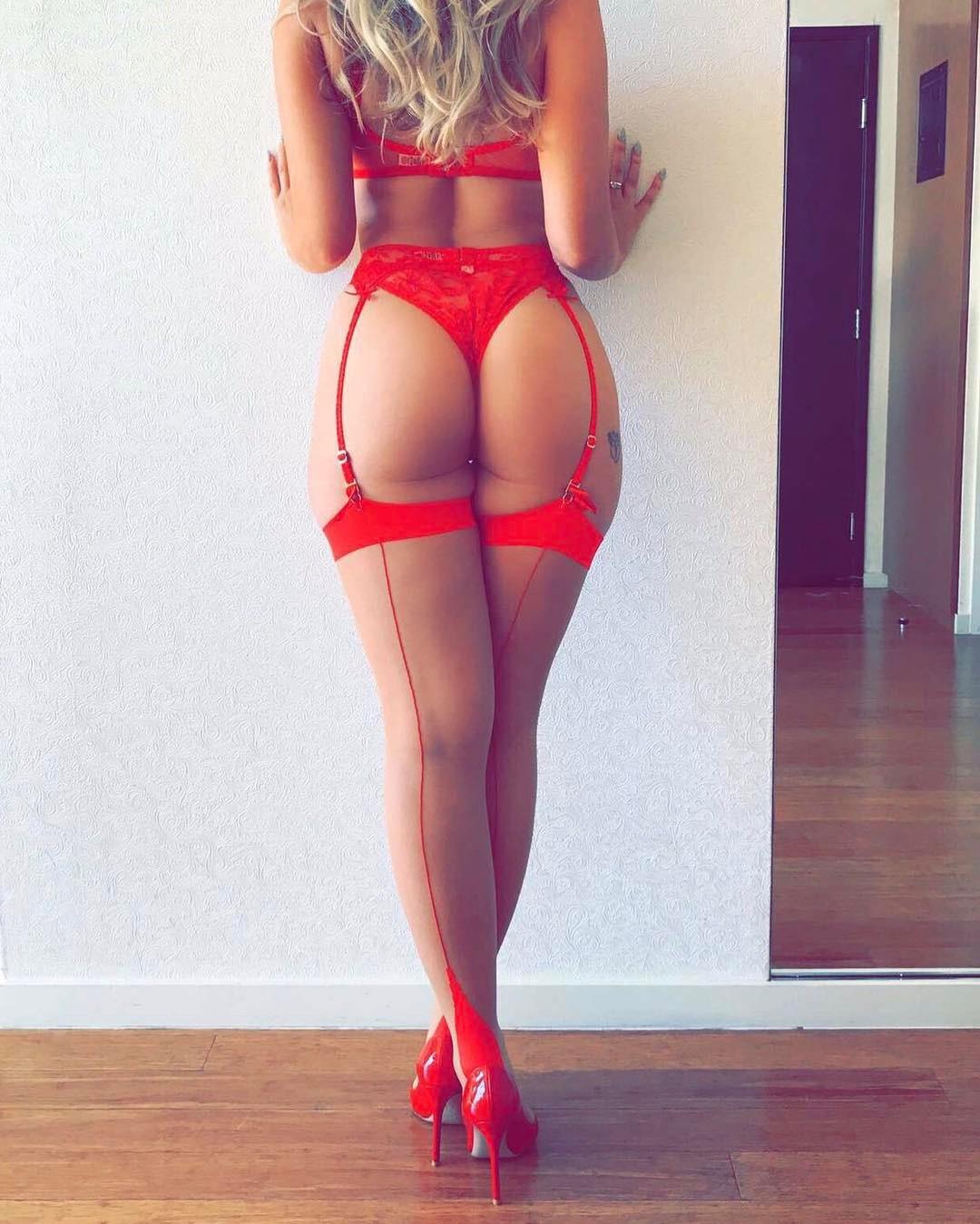 Elizabeth Turner Sexy Compilation Video,Zoie burgher sexy topless Hot gallery Grazi massafera nude 7 Photos,Mellisa clarke
