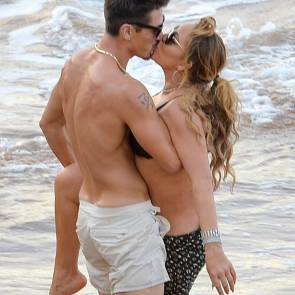 Mariah-Carey-kissing-boyfriend