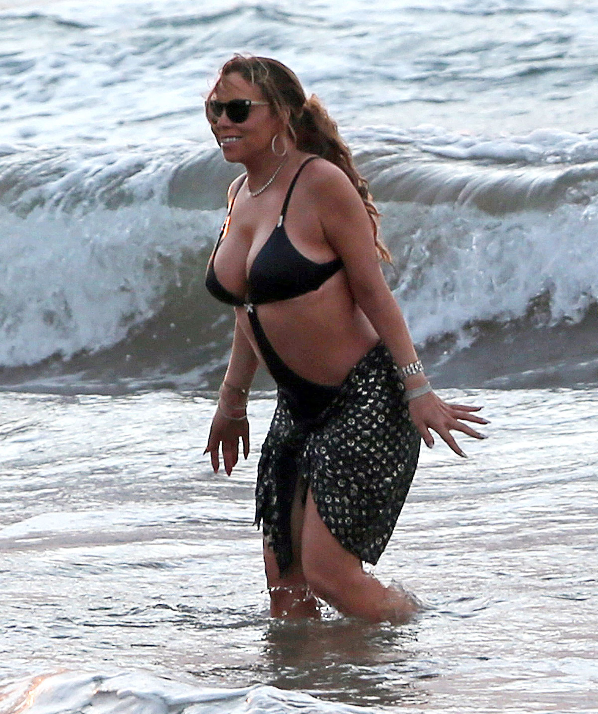 Mariah carey naked beach