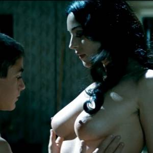 Monica Bellucci Nude Boobs And Bush In Malena Movie