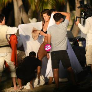 Plus-Size Model Ashley Graham Reveals a Little Too Much During her Photo Shoot
