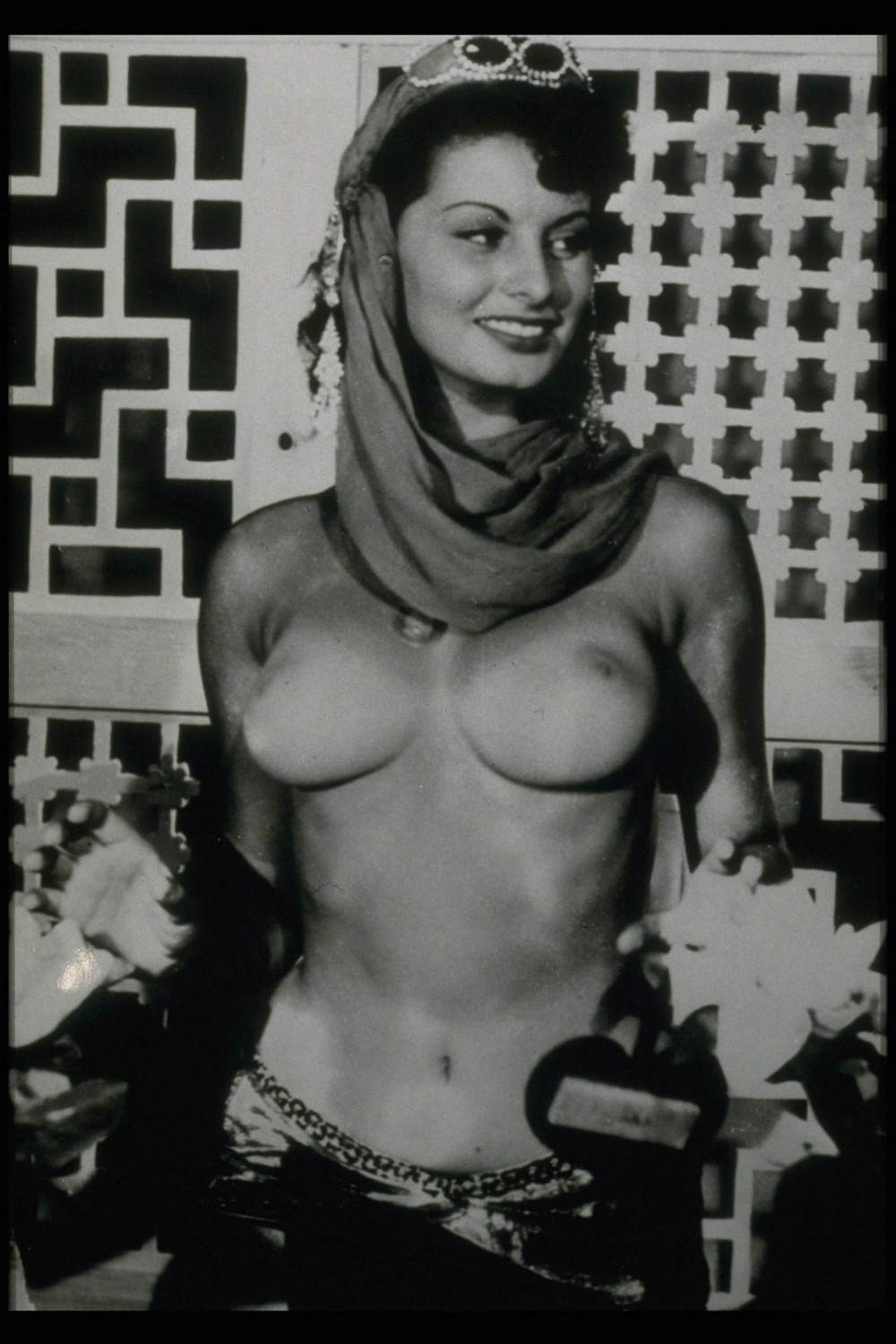 nude sophia loren video clips