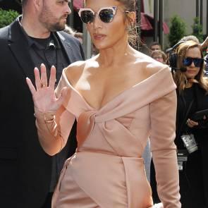 02-Jennifer-Lopez-dress