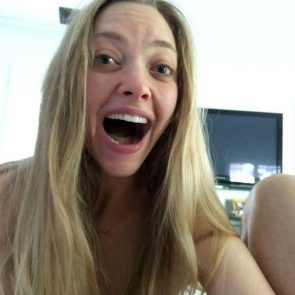 Amanda Seyfried Nude Photos and Leaked PORN video 4
