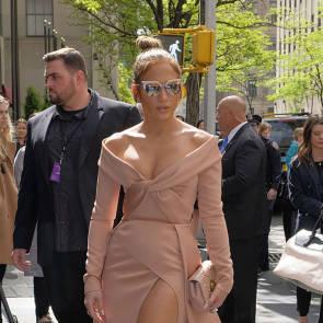06-Jennifer-Lopez-dress