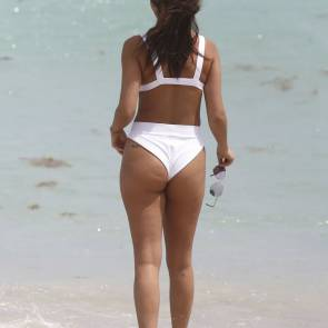 09-Chantel-Jeffries-Bikini