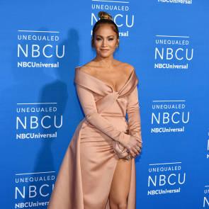 Jennifer Lopez Nude Pics and Naked Sex Videos 59
