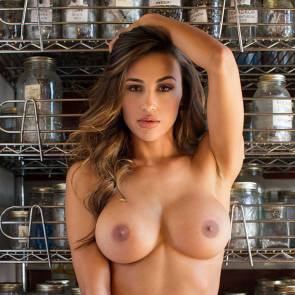 13-Chantel-Jeffries-Nude