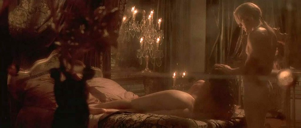 Monica Bellucci nude ass and pussy