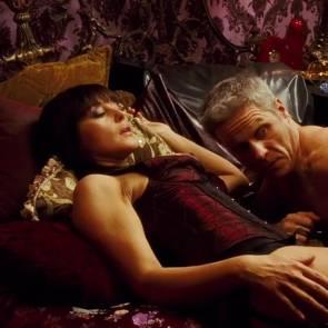 Monica Bellucci Nude Sexy Scene In Shoot Em Up Movie