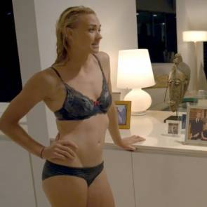 Yvonne Strahovski Nude Scene In Louie Movie