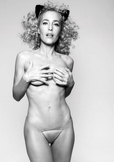 Gillian Anderson Nude LEAKED Photos And Topless Sex Scenes 12