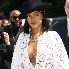03-Rihanna-Sexy