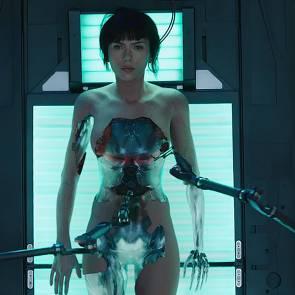 03-Scarlett-Johansson-Naked