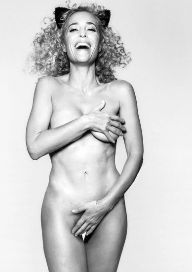 Gillian Anderson Nude LEAKED Photos And Topless Sex Scenes 14