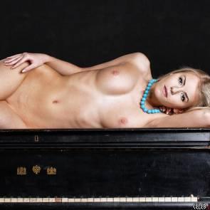 05-diane_kruger_nude