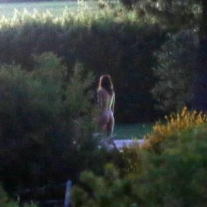 06-Emily-Ratajkowski-nude