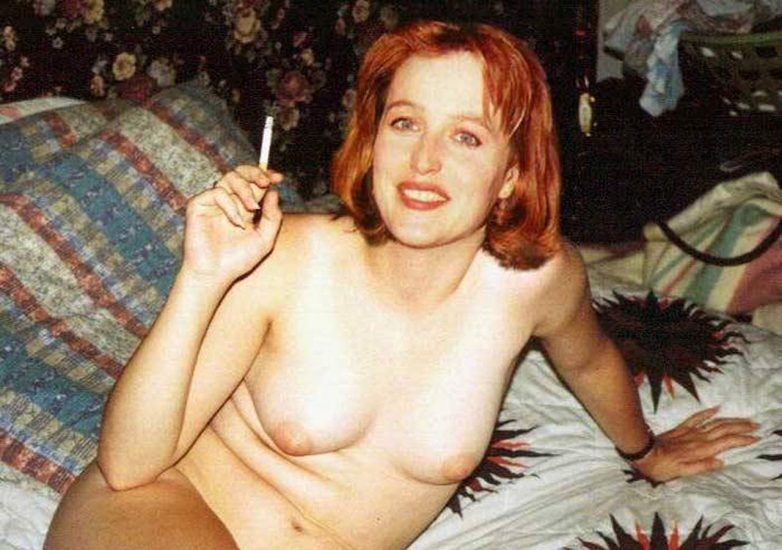 Gillian Anderson Nude LEAKED Photos And Topless Sex Scenes 5