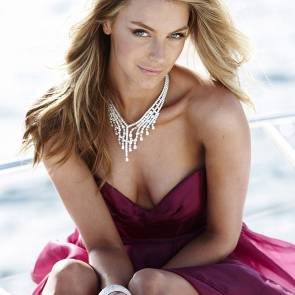 08-Jennifer-Hawkins-dress
