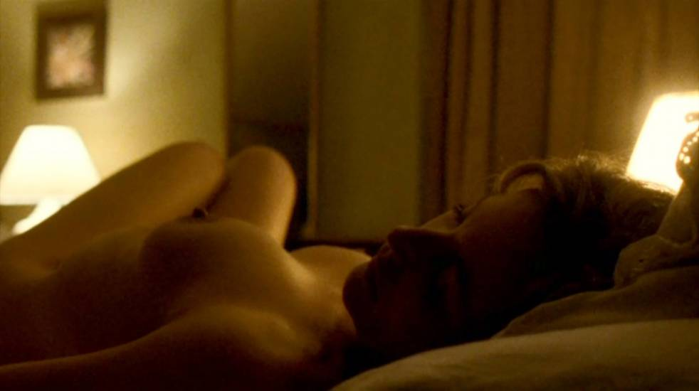 Gillian Anderson Nude LEAKED Photos And Topless Sex Scenes 19