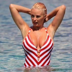 09-Rhian-Sugden-bikini