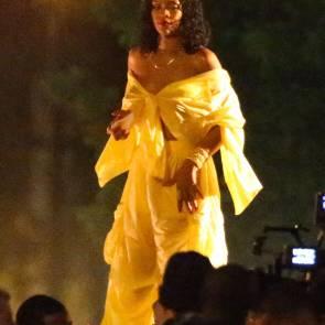 09-Rihanna-See-Through