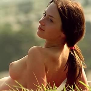 Emily Blunt Nude In Movie Scenes
