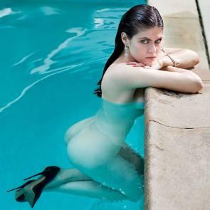 10-Alexandra-Daddario-Nude