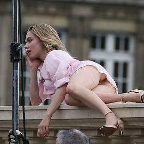 10-Amanda-Seyfried-nude-pussy