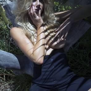 10-Charlotte-McKinney-blackandwhite