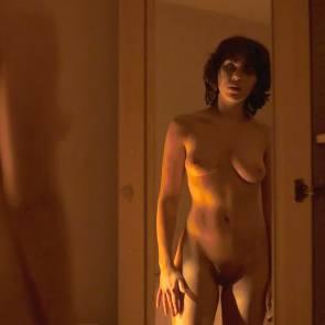 10-Scarlett-Johansson-Naked