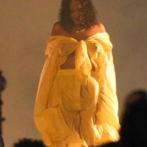 11-Rihanna-See-Through