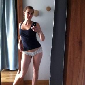 15-Michelle-Antrobus-selfie