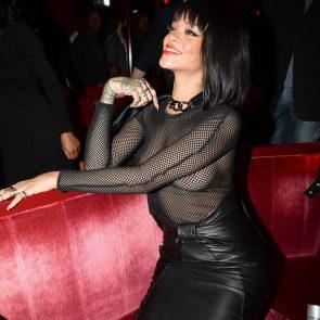 Rihanna Naked Leaks and PORN Sex Tape [2021 NEWS] 43