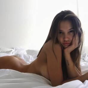 04-Alexis-Ren-Topless