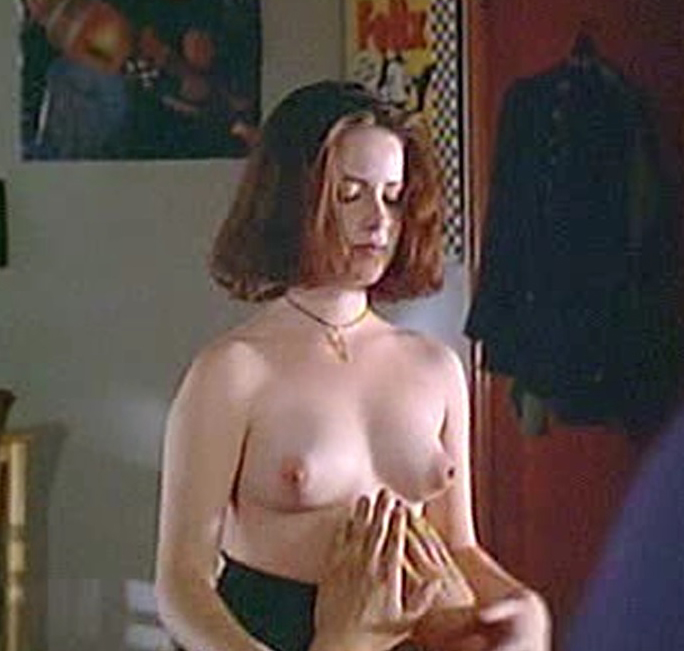 Holly marie combs nude fakes