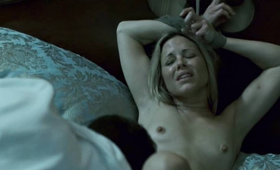 LOVE BIMBOS! maria bello blowjob