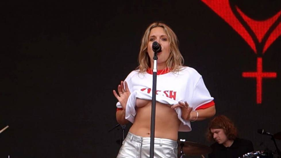 Tove Lo Nude & Topless Photos and Porn Video LEAKED 5