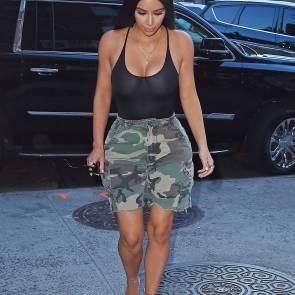 05-Kim-Kardashian-Braless
