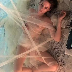 09-Kristen-Stewart-Leaked