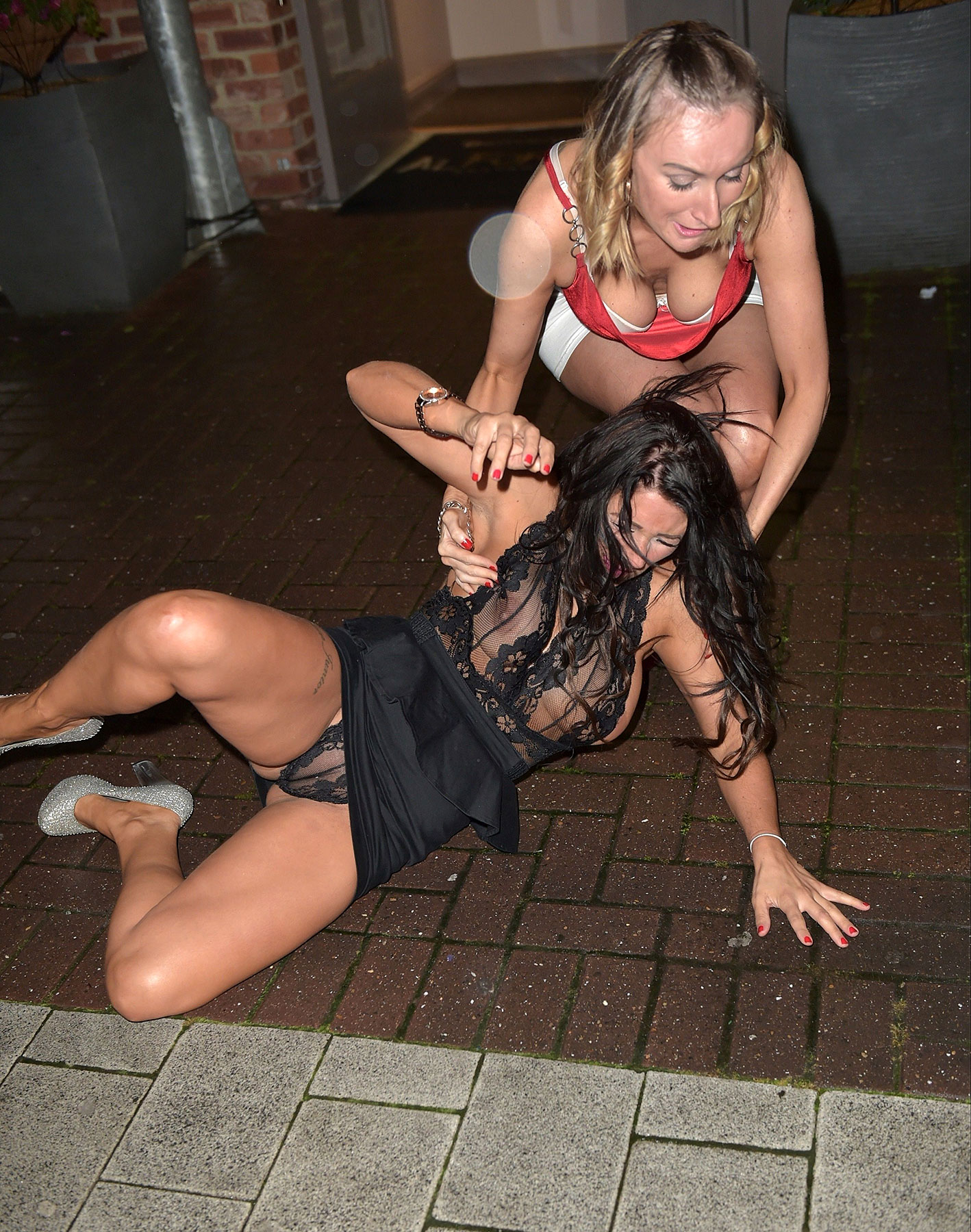 hot drunk girls upskirts