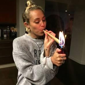 13-Miley-Cyrus-Leaked